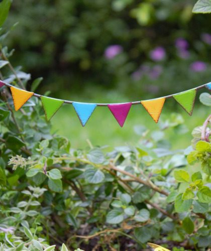 Party Flags, Garlands & Wind Chimes