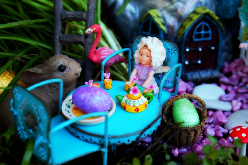 Easter Breakfast in the fairy garden