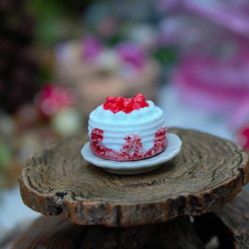 Mini Strawberry Cake  Miniatures Cake  Mini Fairy Garden Food
