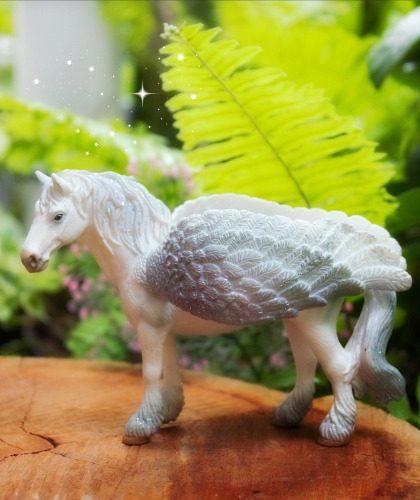 Alicorn & Pegasus