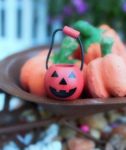 trick-or-treat-basket-fairy-garden-halloween