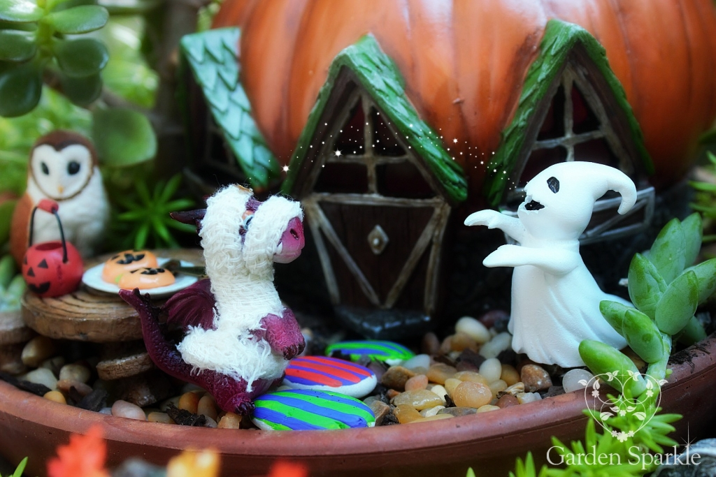 fairy-garden-miniatures-halloween-fairy-garden
