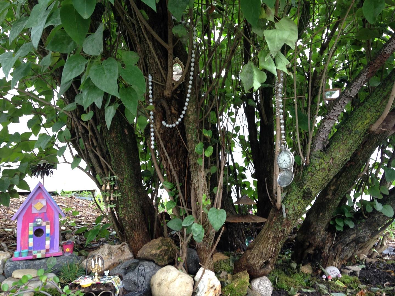 Lilac Hill Fairy Garden - Fairy Garden Ideas 3